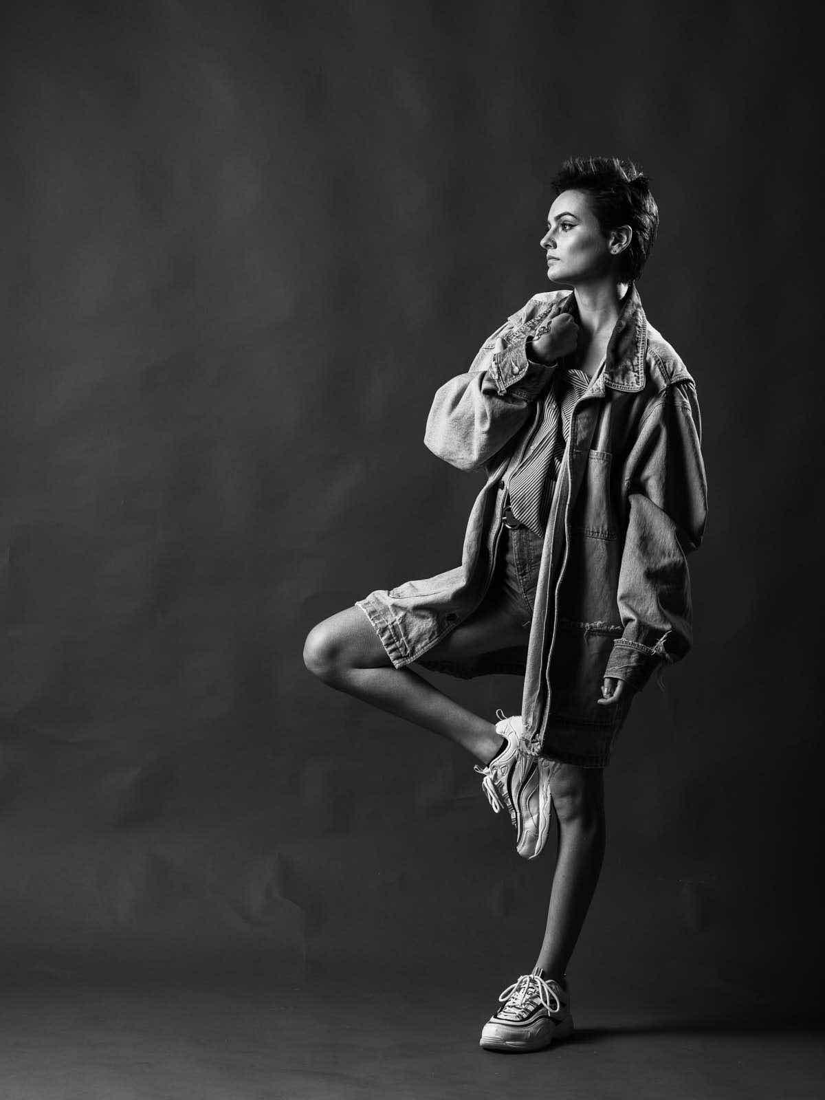 sce-agency-female-model-hunter-g-15aa