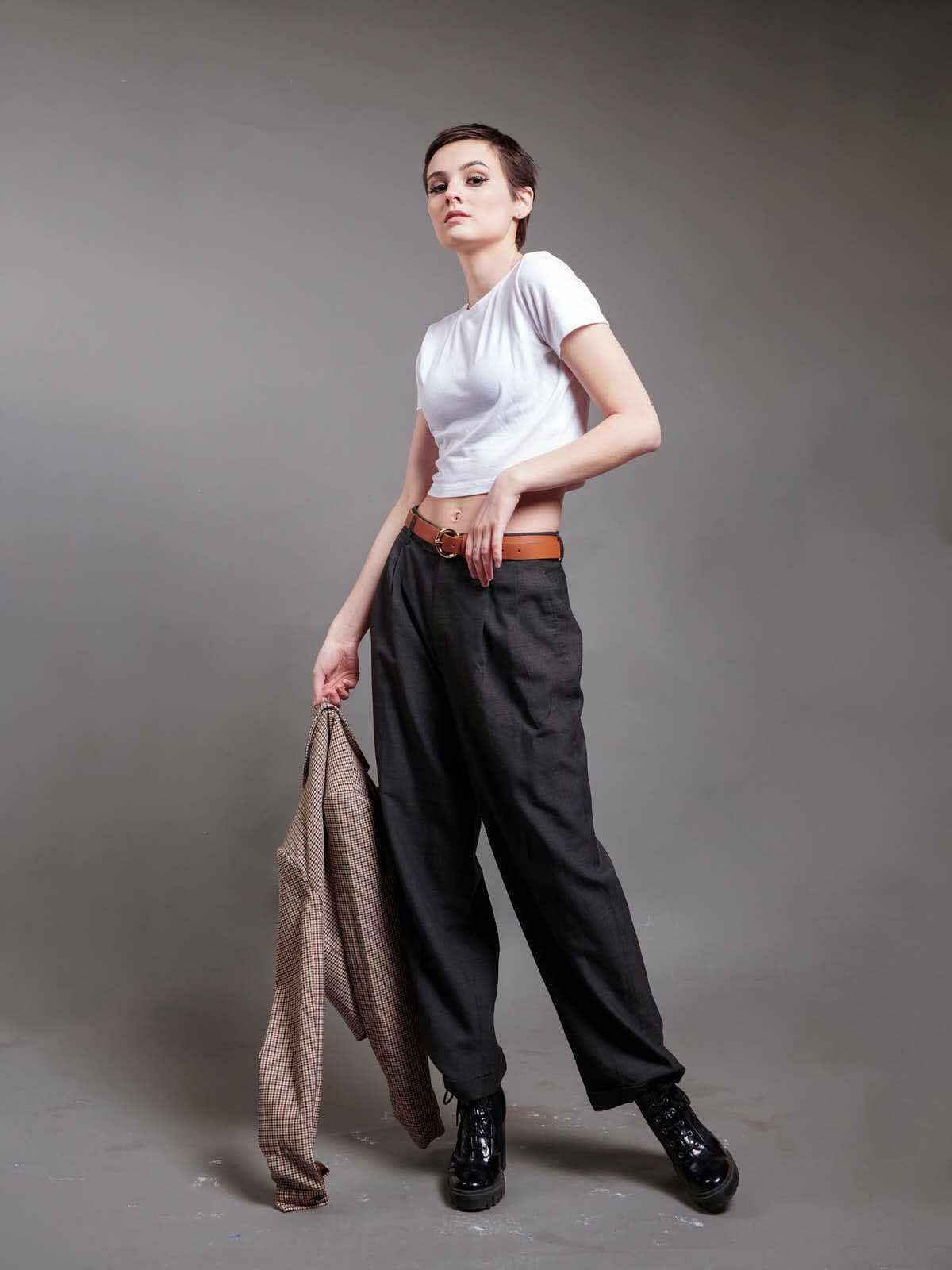 sce-agency-female-model-hunter-g-16a