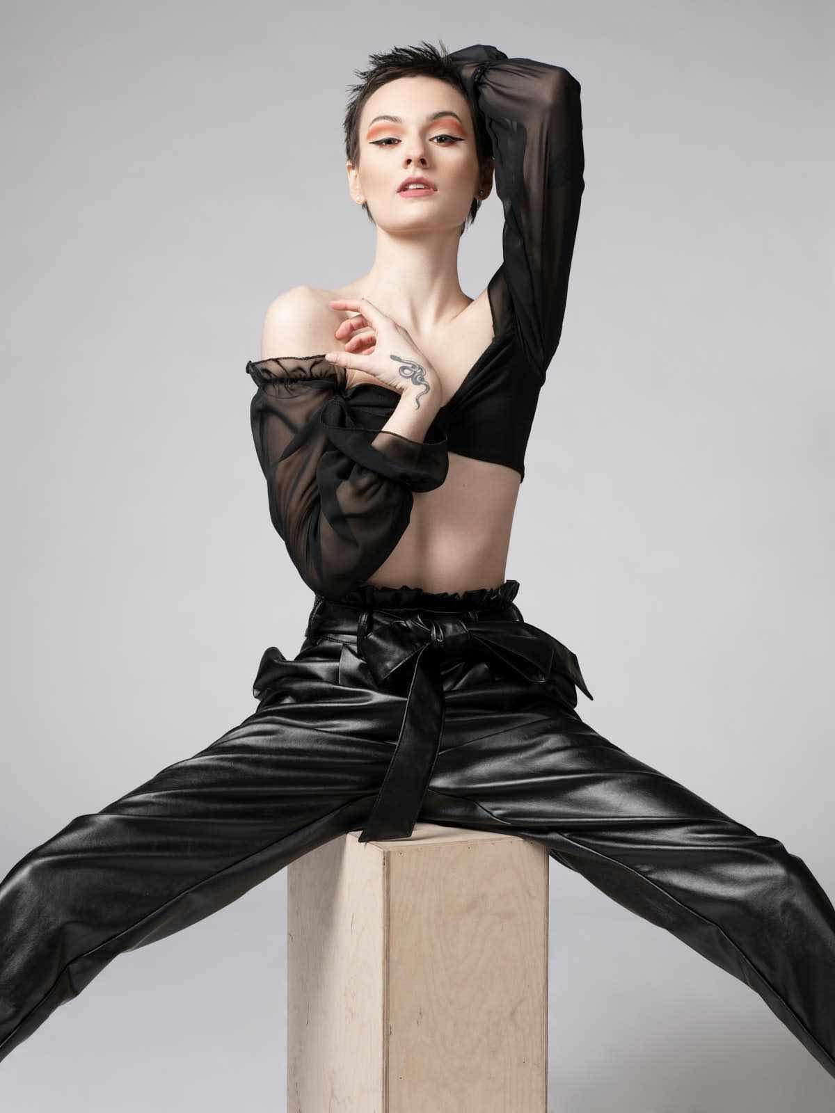 sce-agency-female-model-hunter-g-1aa