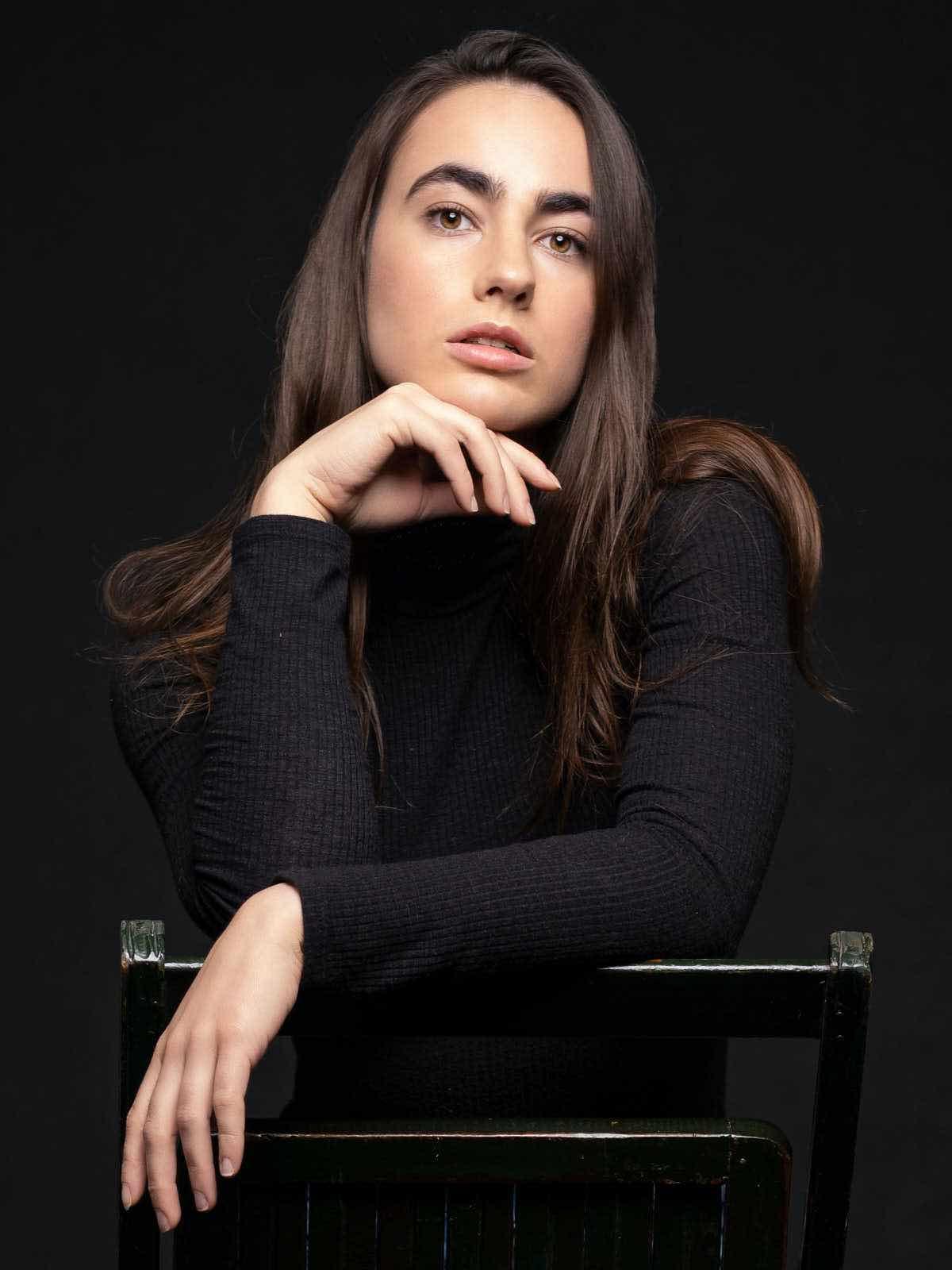 sce-agency-female-model-julia-s-5aaa