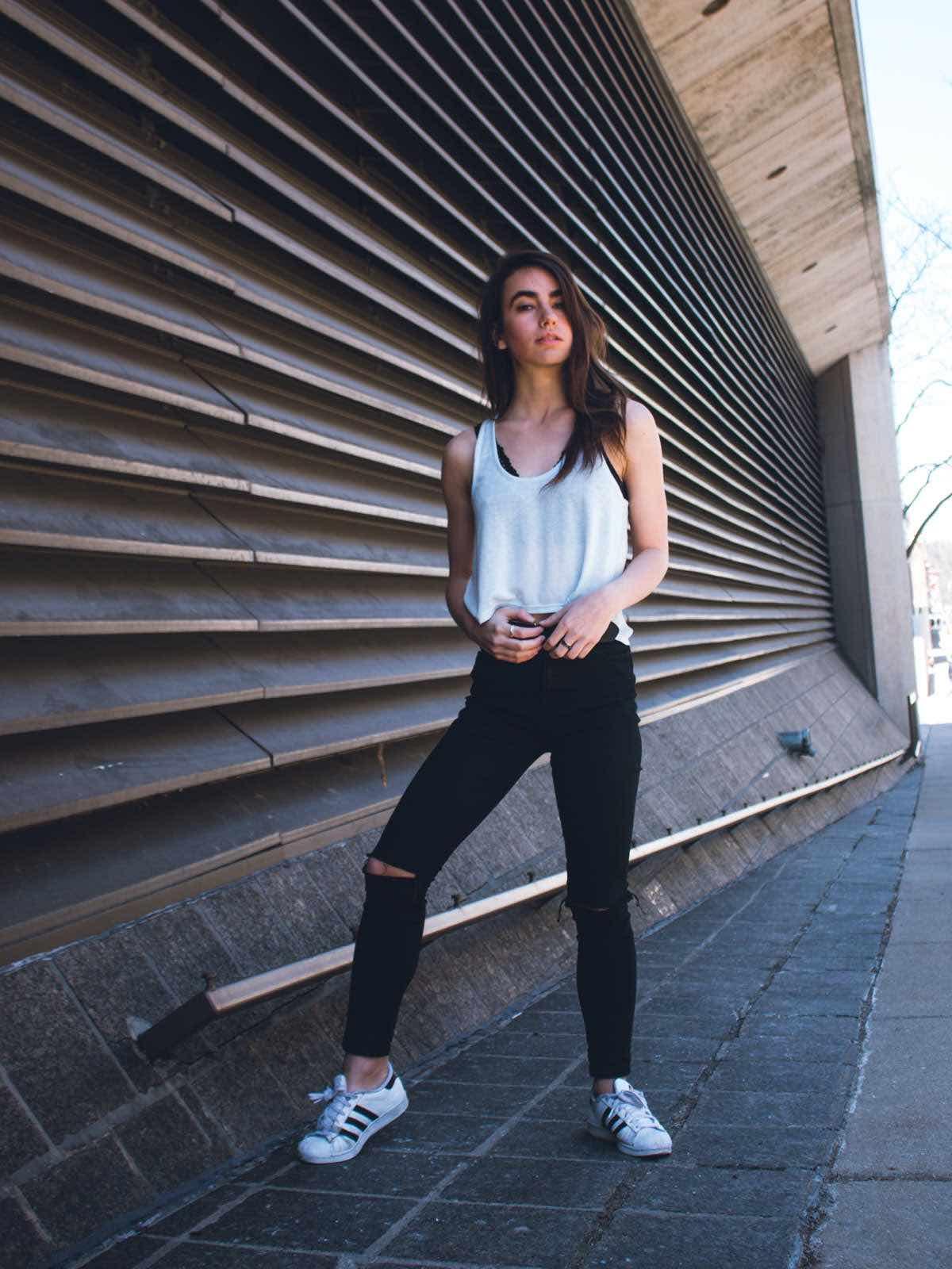 sce-agency-female-model-julia-s-6aa