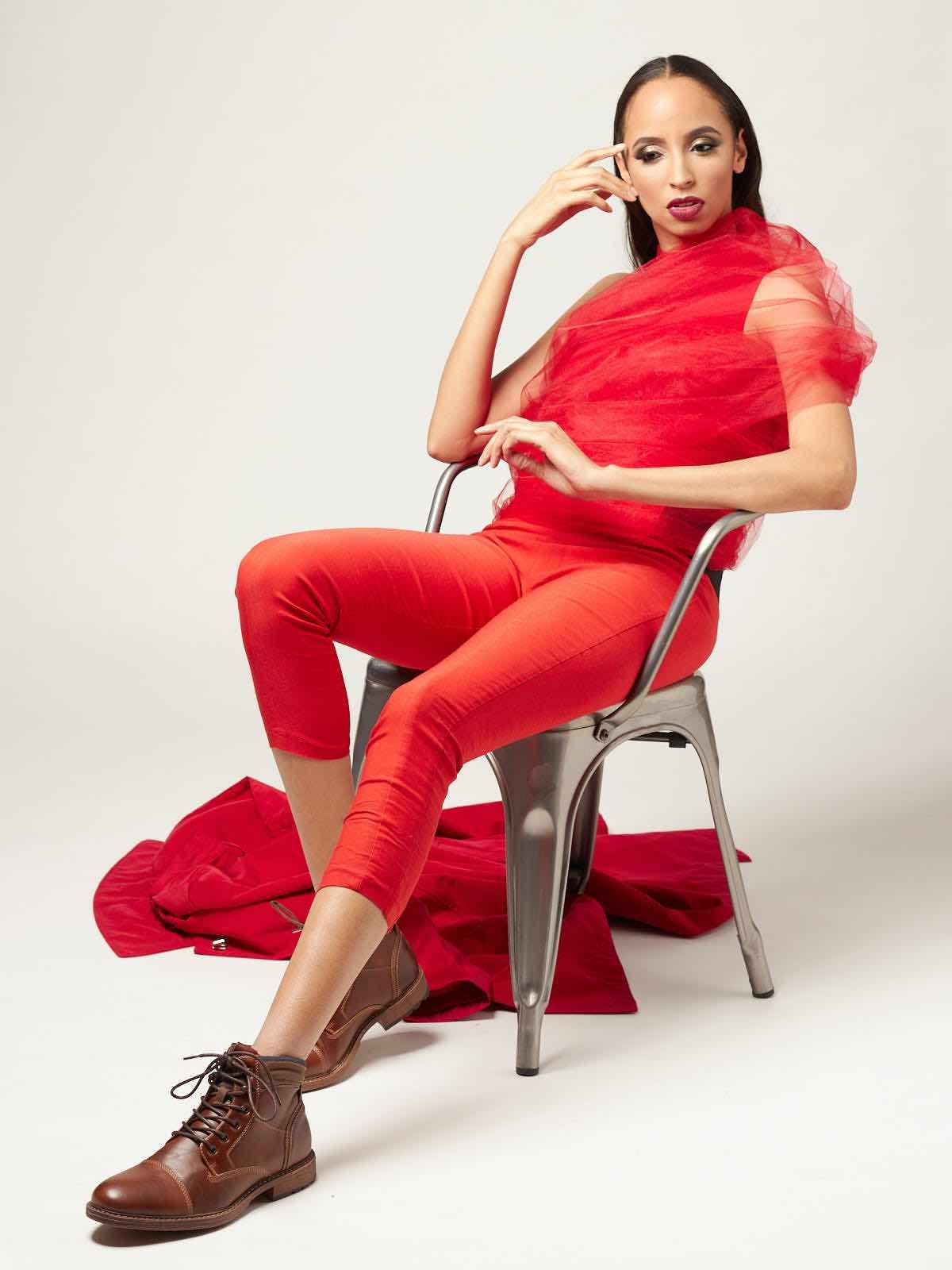 sce-agency-female-model-megan-m-6aaaa